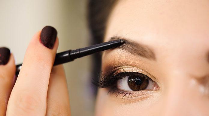 Makijaż brwi dla początkujących z wykorzystaniem kredki do brwi