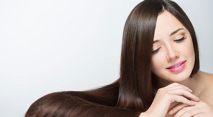 Wypróbuj mahoniowy brąz na Twoich włosach!