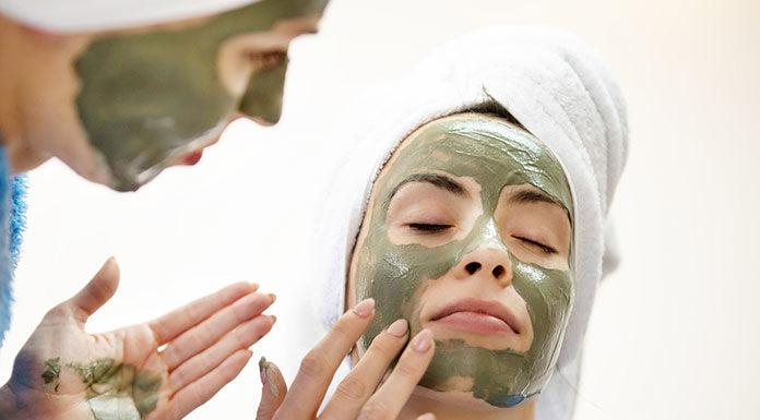 Co wyróżnia maski do twarzy od Garnier?
