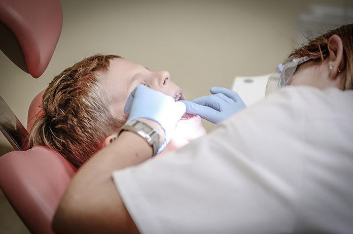 Czym charakteryzuje się dobry stomatolog?