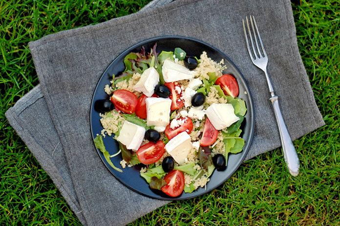 Ser w sałatkach – poznaj nowe i proste przepisy
